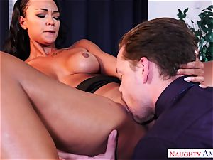 Harley Deen is into doing horny buisness