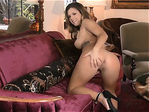 Keisha Grey truly looks sumptuous as she jerks
