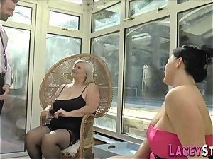 brit grannie rides face