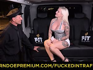 plowed IN TRAFFIC - spunky blondes car triangle pulverizing