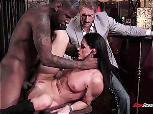 super-steamy wife India Summer ejaculating on a ebony weenie