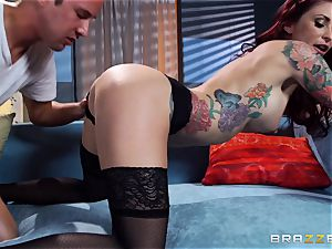 Monique Alexander shows an actress how its done