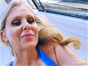 utter exercise with Julia Ann and Cassidy Banks