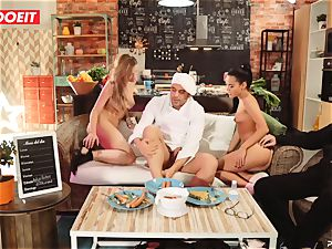 LETSDOEIT - hump Cooking With stunners Apolonia and Angel
