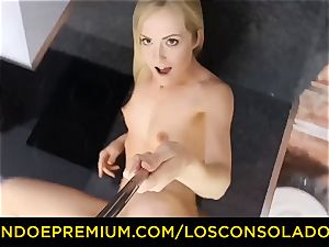 LOS CONSOLADORES - Hungarian platinum-blonde gets screwed pov