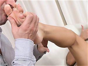 Aletta Ocean uses her marvelous soles to jerk spear