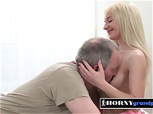 Anna gets her sex-positive fuckbox destroyed by insane grandpa