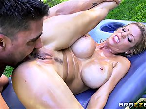Alexis Fawx getting an outdoor tear up and rubdown
