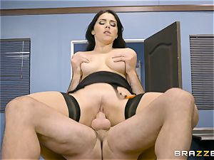 Valentina Nappi pulverized in her asshole
