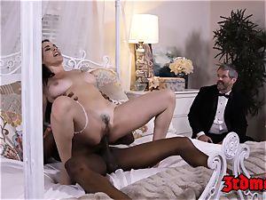 cuckold milf slut Dana big black cock beaten