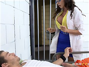 luxurious jail physician Ariella Ferrera masturbates off her patient