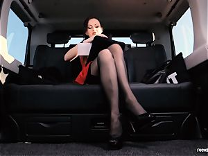 penetrated IN TRAFFIC - brit Tina Kay humped in the car