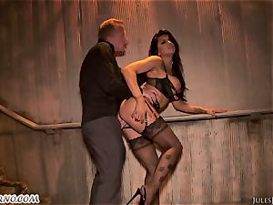 Romi Rain - epic steaming fledgling porn in the street
