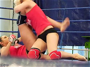 Brandy sneer grapple with a sweetheart babe inwards the ring