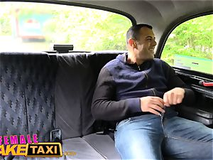 girl fake cab Tourist creampies and gets a moist coochie