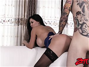 black-haired Jasmin Jae Gets poked on couch