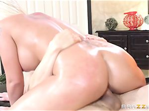 Leya Falcon cheats with her phat dicked masseur