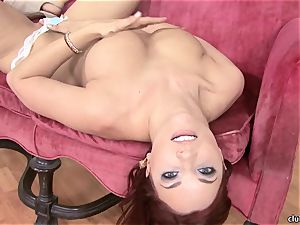 Jayden Cole whips out her appetizing obese bumpers
