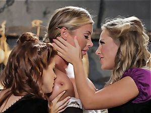Samantha Saint Penny Pax Carter Cruise threeway