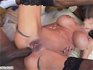 interracial group sex with an yankee female joy buttons Jade